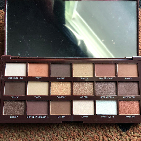 Makeup Revolution Other - MUR Smores Palette - Like New